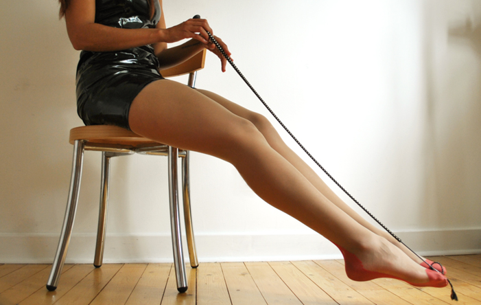 - Heck I'm playing so much squash -my legs are so fucking strong. They're looking mighty fine in stockings and exceptionally beautiful bare. Hot. HoT. HOT!