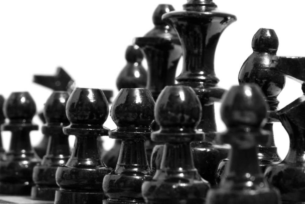 In any negotiation setting, all parties invovled will normally look to gain some advantage over the other party(s), seeking to exploit any situation and come out on top. But the business landscape has changed. From either a buyer's or seller's perspective, there are many other options available now. First choice is now followed by maybe five other equally plausible options.