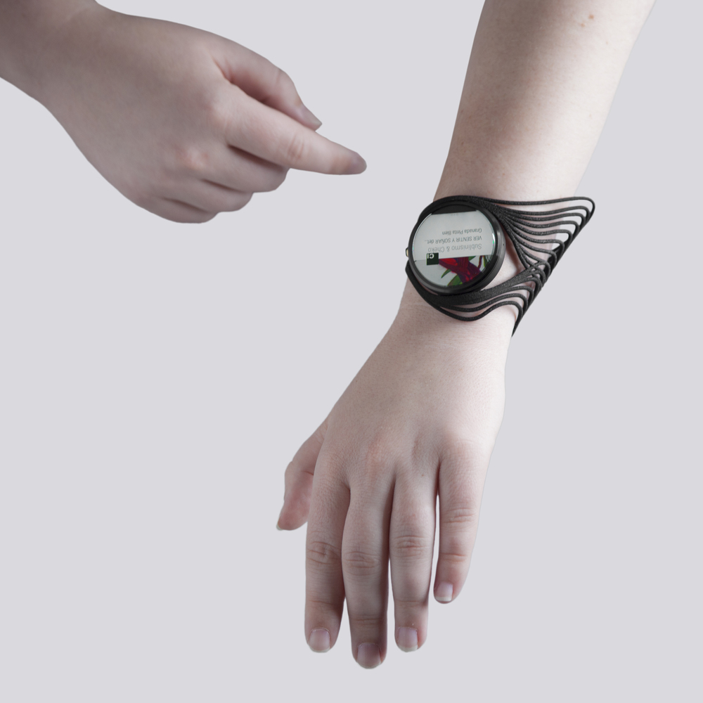 tactum_smartwatch_4 - cropped.jpg