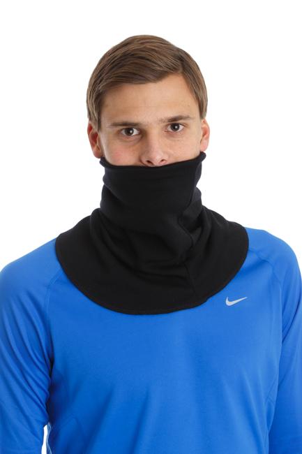 GIRAF WARMNECK   Giraf Warmneck är en merinoullkrage som värmer hals, nacke och övergången bröst-skulderblad. Den är framtagen i samarbete med olika elitidrottare och är populär hos ex fotbollspelare & skidåkare. Med hjälp av en justerbar kardborreknäppning kan kragen även skydda ansiktet. Perfekt för kallt väder och utomhusträning. Klicka för att läsa mer.