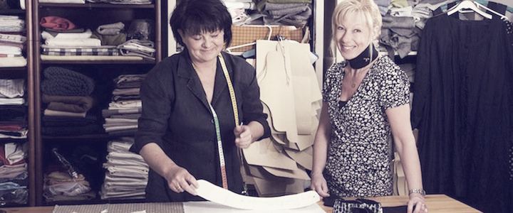 Anna-Lena Engman (t.h) with the Swedish seamstress Anette.
