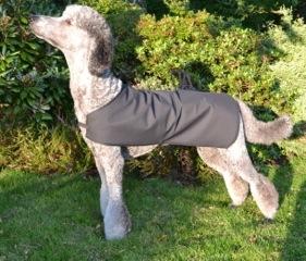 GoS Dog Liner i ovanstående smarta textil. Att användas som den är eller under ett annat hundtäcke. Läs mer här