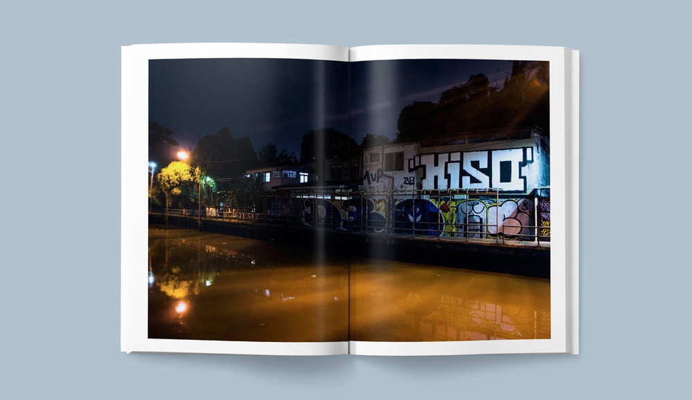 Free-Bangkok-Serif-Cinar-Graffiti-Graphic-Design-HISO-D30-1UP-CIDER.jpg