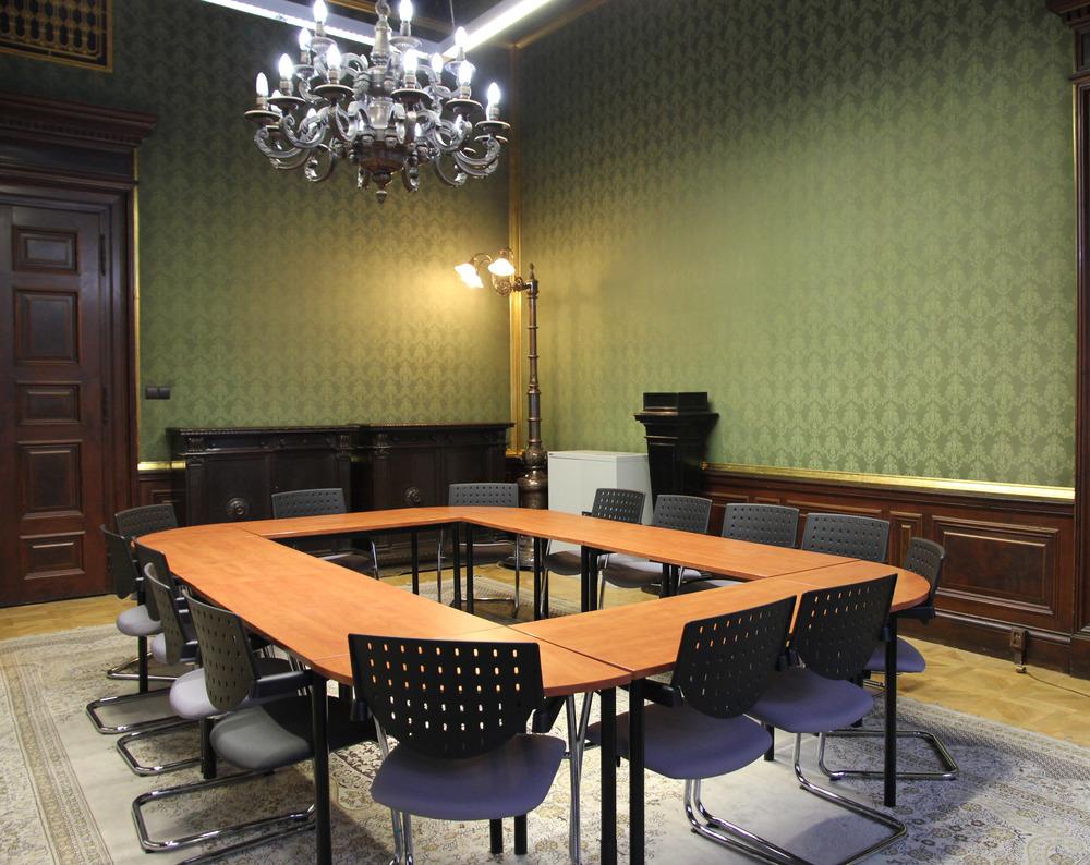 room2 wide.jpg