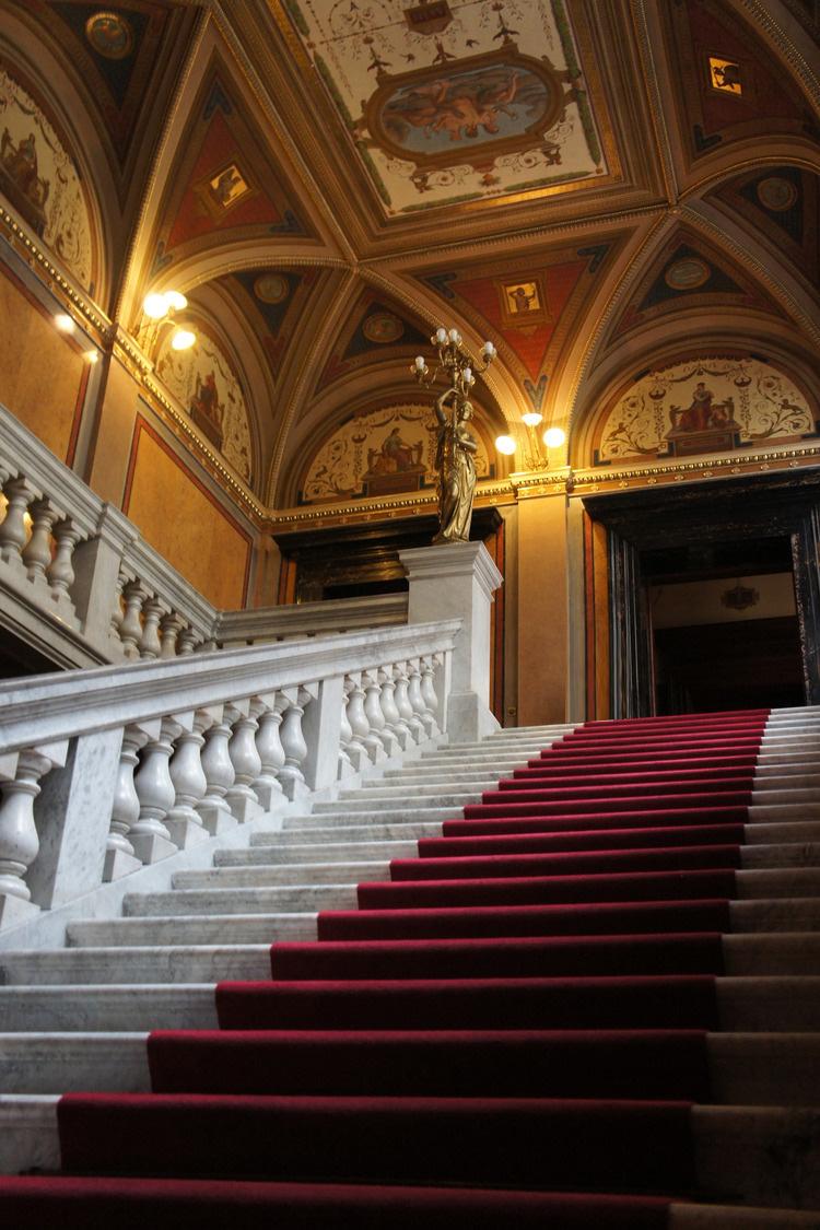 stairwellsmalf.jpg