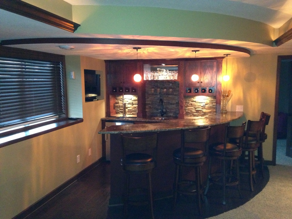 Shakopee_bar4.JPG