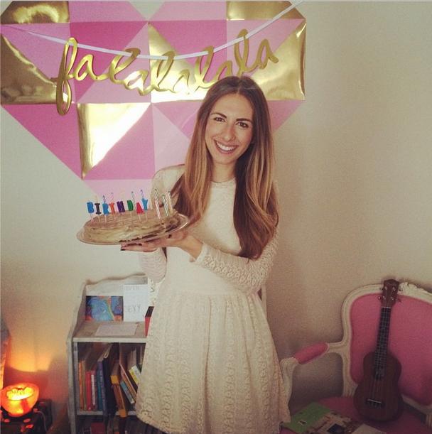 from Katie's Instagram @katiedalebout