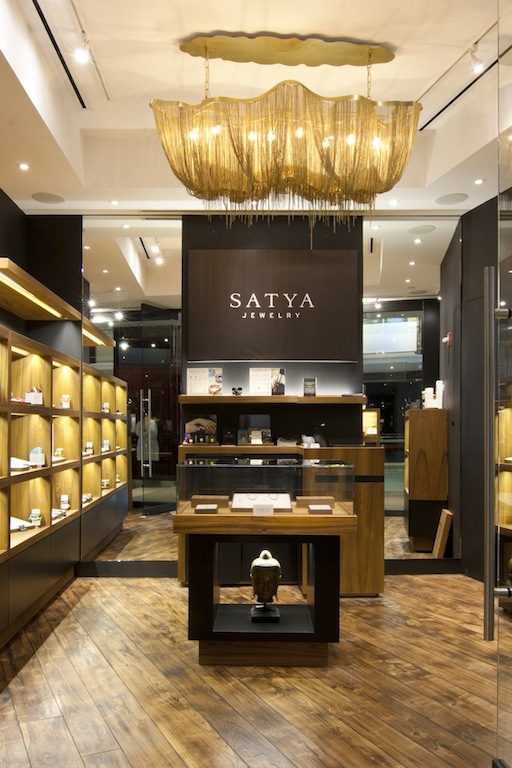 SATYA JEWLERY | TIME WARNER CENTER