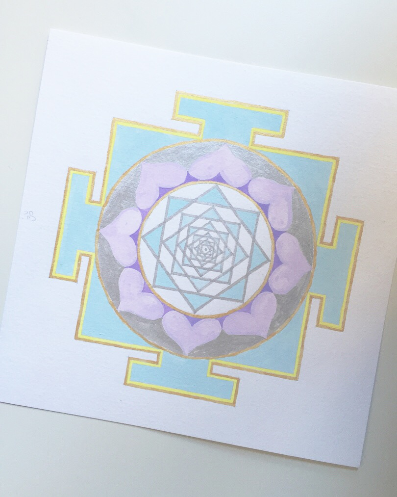 #mantraMonday ! the  Venus yantra  today. In Hindu, the planet  Venus is feminine , having to do with relationships, love and higher love.  The associated mantra is: Om Shum Shukraye Namaha Om   #mantra   #yantra   #vedicnumbers  #sacredart   #sacredgeometry  #holisticspaces   #venus   #theplanets