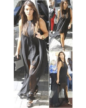 kim_kardashian-come_running_dress-finders_keepers_2.jpg