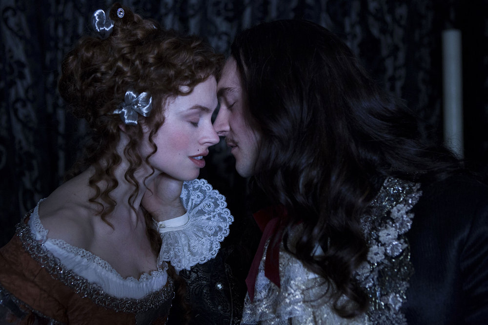 versailles-louisxiv-kissing-making-out-1.jpg