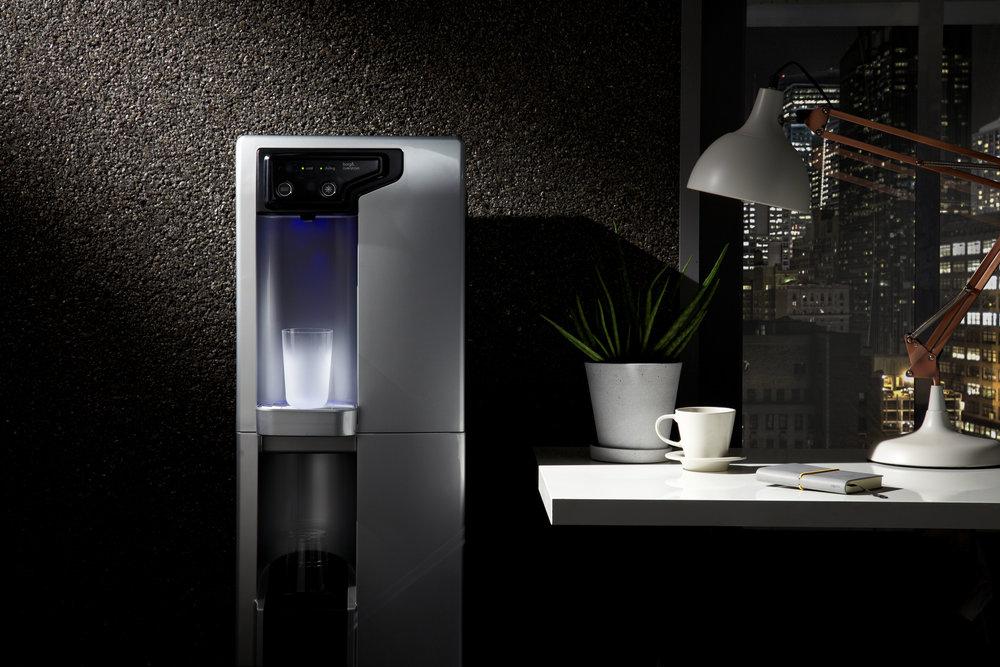 Borg & Overstrom - Soluciones desde S/. 219Dispensador de agua:caliente y fría.