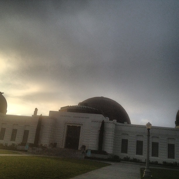 Sunrise. ⛅#december (at Griffith Observatory)