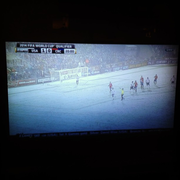 Soccer in the snow!  #crcvsusa #fifa #readyforworldcup2014 (at Mia casa)