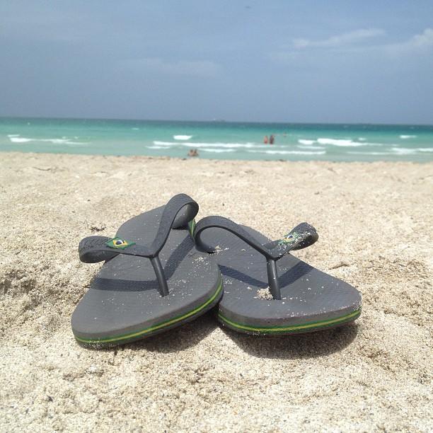 Havaianas on 12th. 💚 #madeinbrasil  (at South Beach)