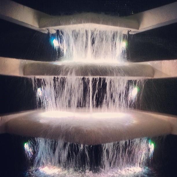 Love this Deco fountain. #fanofountains. #miamibeach #serene