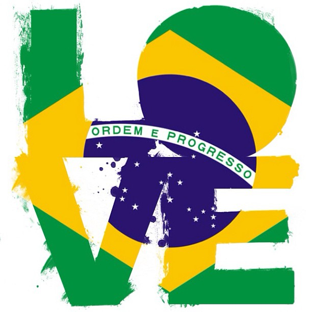 Mais amor por favor. #prayforbrasil