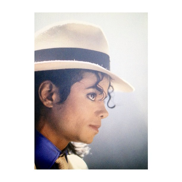 """""""Sometimes the heart is so heavy that we turn away from it and forget its throbbing is the wisest message of life, a wordless message that says, 'Live, be, move, rejoice - you are alive!' Without the heart's rhythym, we could not exist."""" -Michael Jackson, Dancing the Dream ❤ 👣💃🎶 #ogfedora #sogangstalike1920 #smoothcriminal  #kingofbaaad #mjmovesme #rememberingmjforever"""