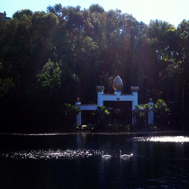 Serenity. 🙏 #thankful #wonderfulwednesday (at Lake Shrine Temple)