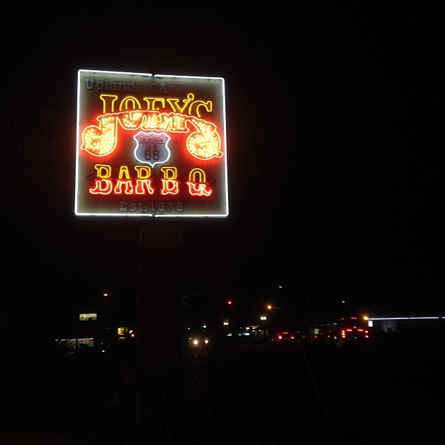 A lot of restaurants have red and yellow logos. #bbq #neon #lights