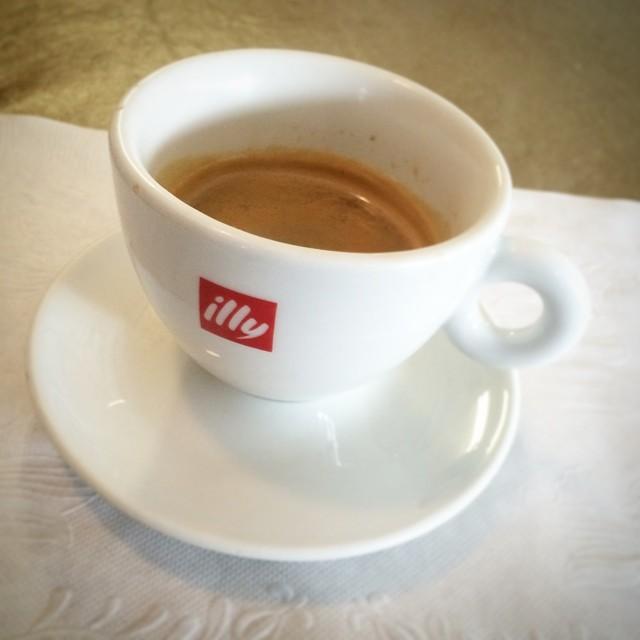 Evviva Italia! #doppio #caffè #espresso #illy #61214 #futbol #coppadelmondo #2014