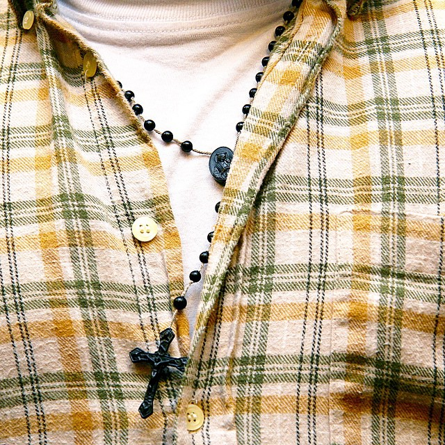 In God We Trust. @bertomcflyy recognize your #bust? #sunday #sentiment #faith #jesus #green #yellow #plaid #candid #giatrovelaphoto #latergram #2009 #canon (at Playa Vista)