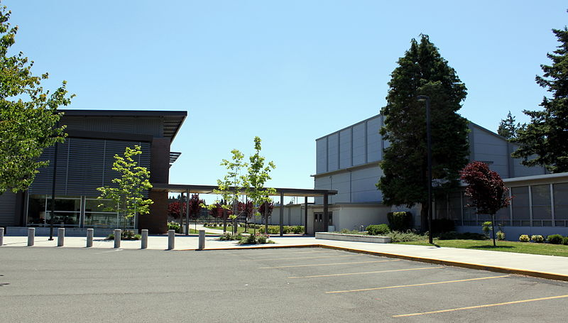 David Douglas High School.jpg