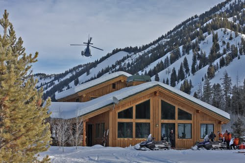 SMOKY MOUNTAIN LODGE HELI TRIP -