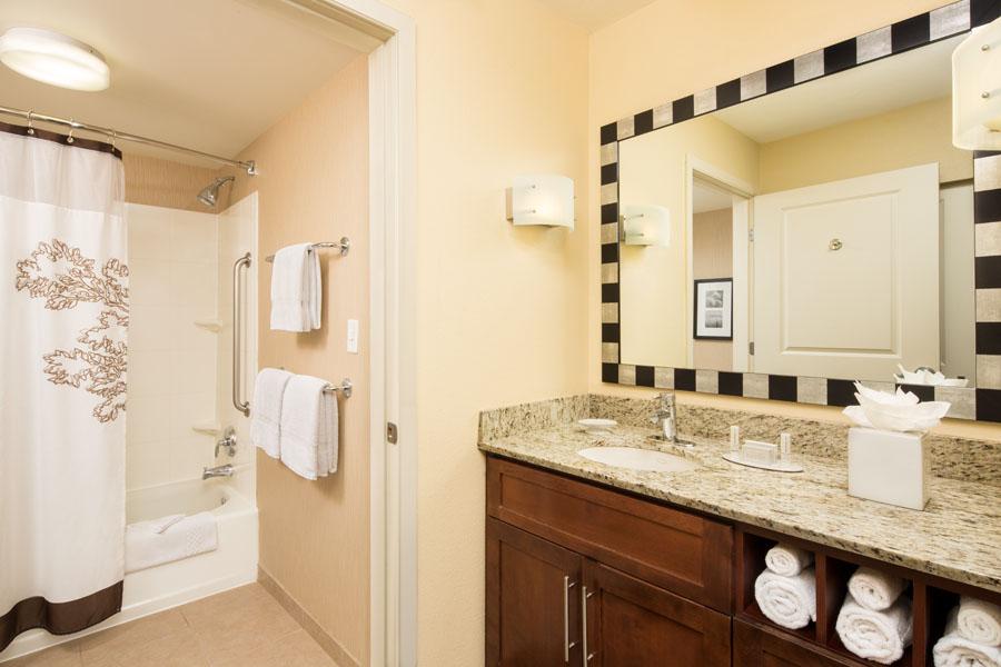 Studio Bathroom Lo-Res.jpg