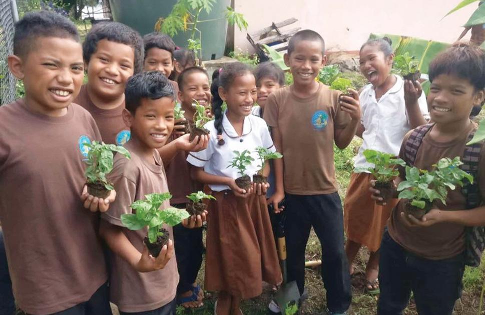 kids ready to plant.jpg