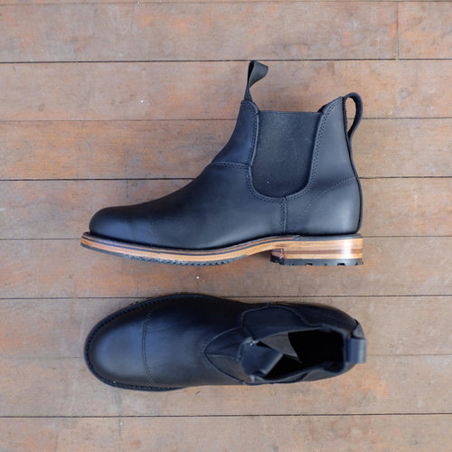 9476b77a71889 Black Pull-on — Last Shoes