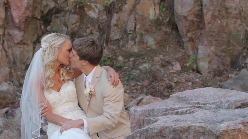 heath&britney wedding story.Still004.jpg