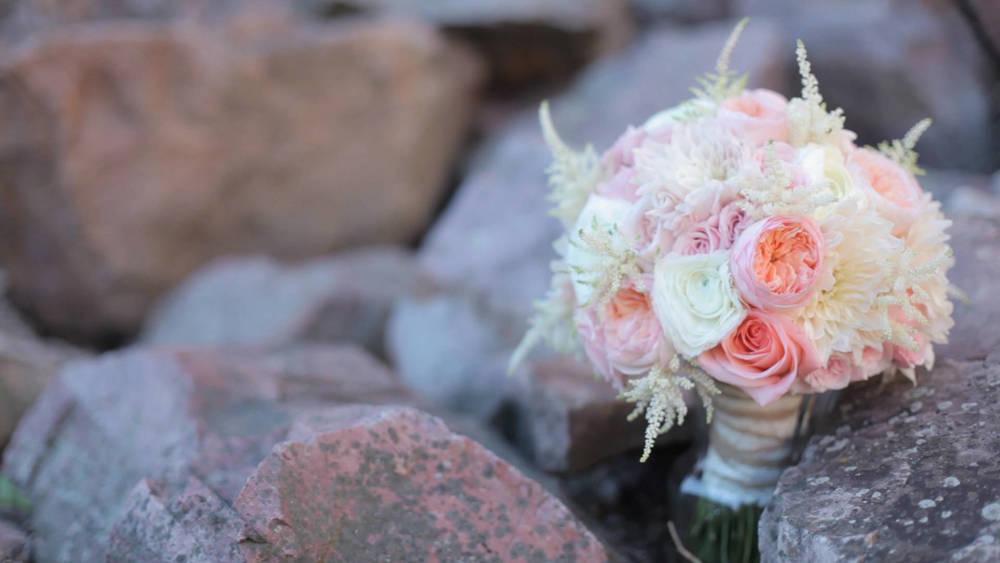 heath&britney wedding story.Still005.jpg