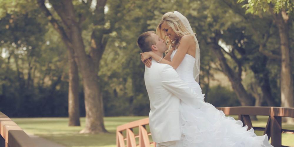 wedding story.00_09_32_04.Still009.jpg