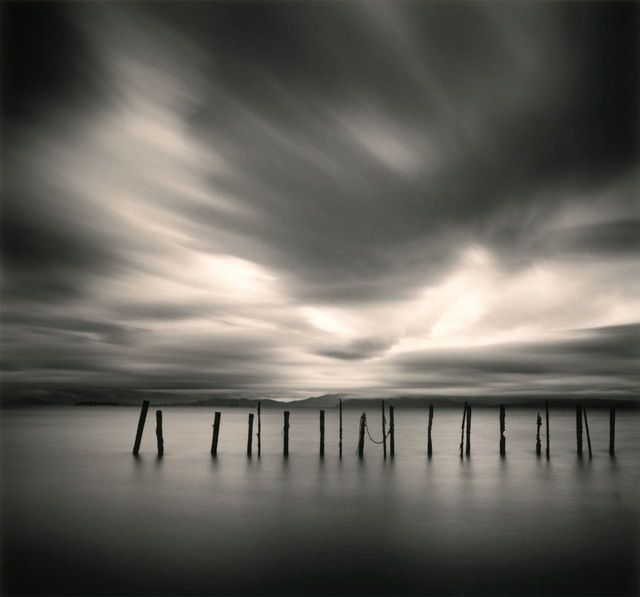 by  Michael Kenna  [ http://www.michaelkenna.net/ ]