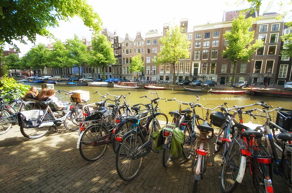 """""""Razmišljajte o biciklima kao o umjetnosti koja se može voziti i koja vjerovatno može spasiti svijet."""" -  Grant Pitersen"""