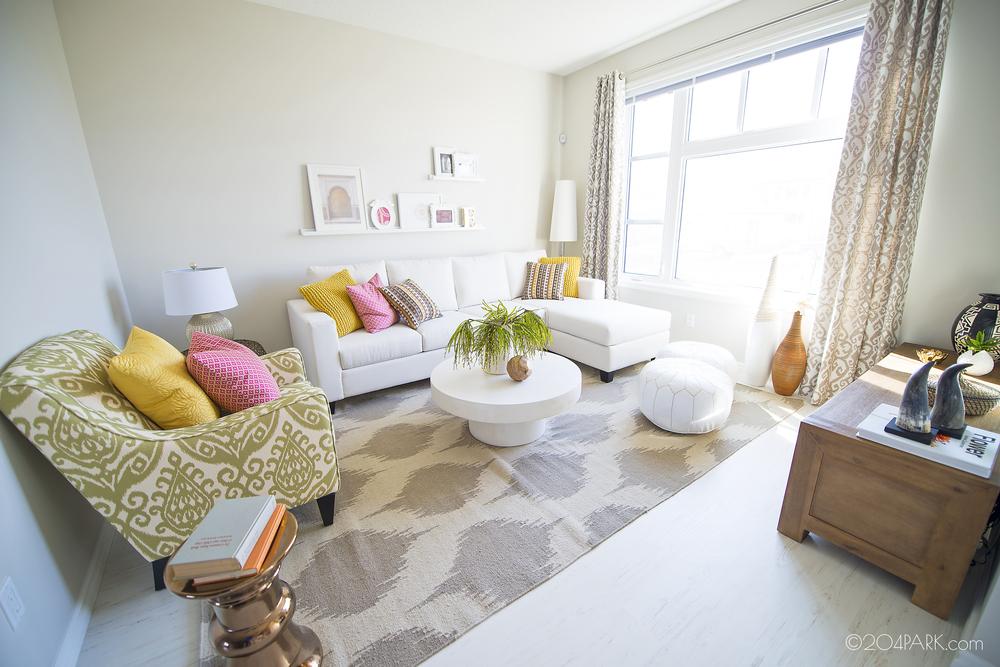 2_living room.jpg
