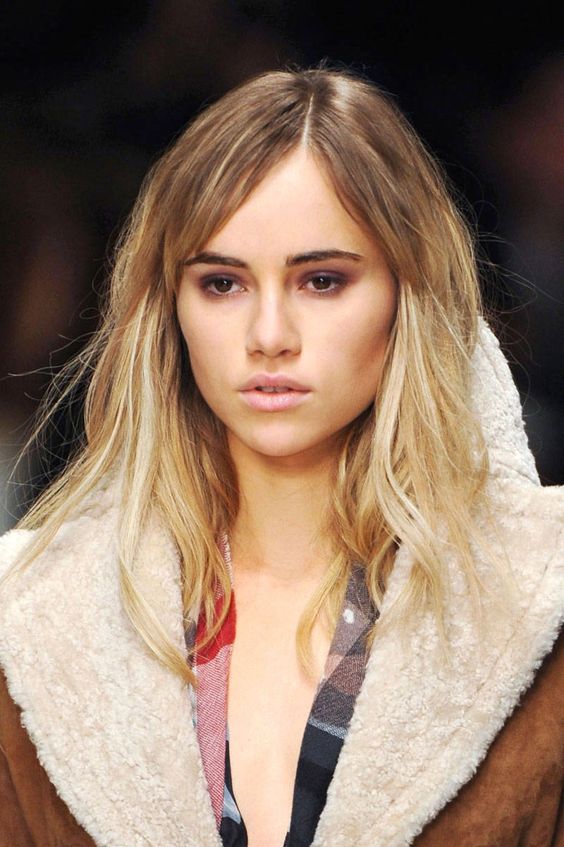 hbz-fw2014-hair-trends-casual-waves-04-Burberry-clp-RF14-4441-lg.jpg