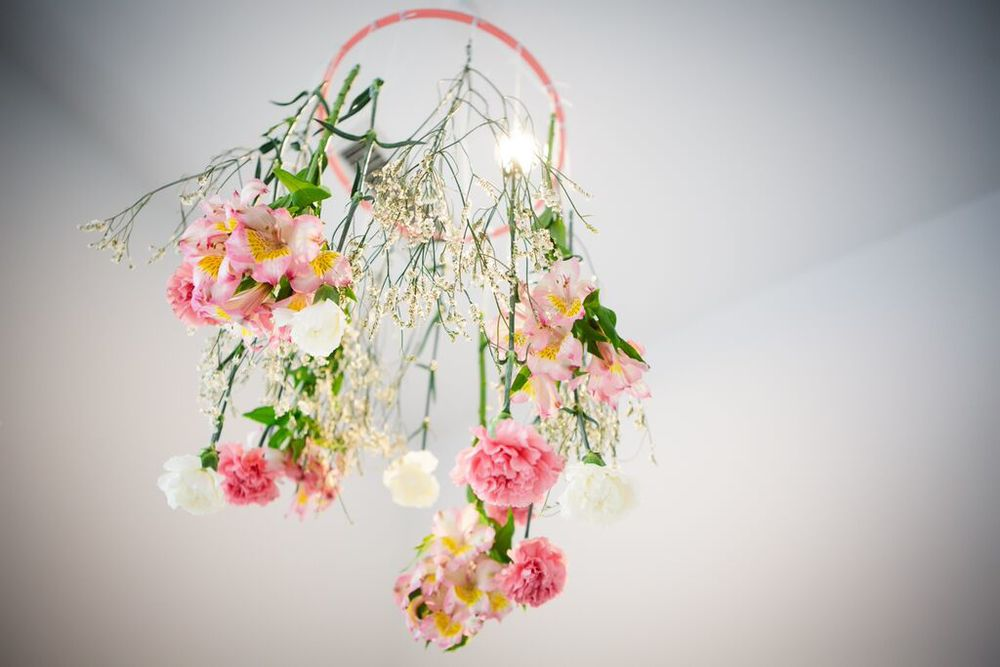 lifestyle blog, lifestyle blogger, diy, easy diy, do it yourself, pintrest diy, pintrest, weekend diy,  floral chandelier, floral diy, chandelier diy, floral chandelier diy