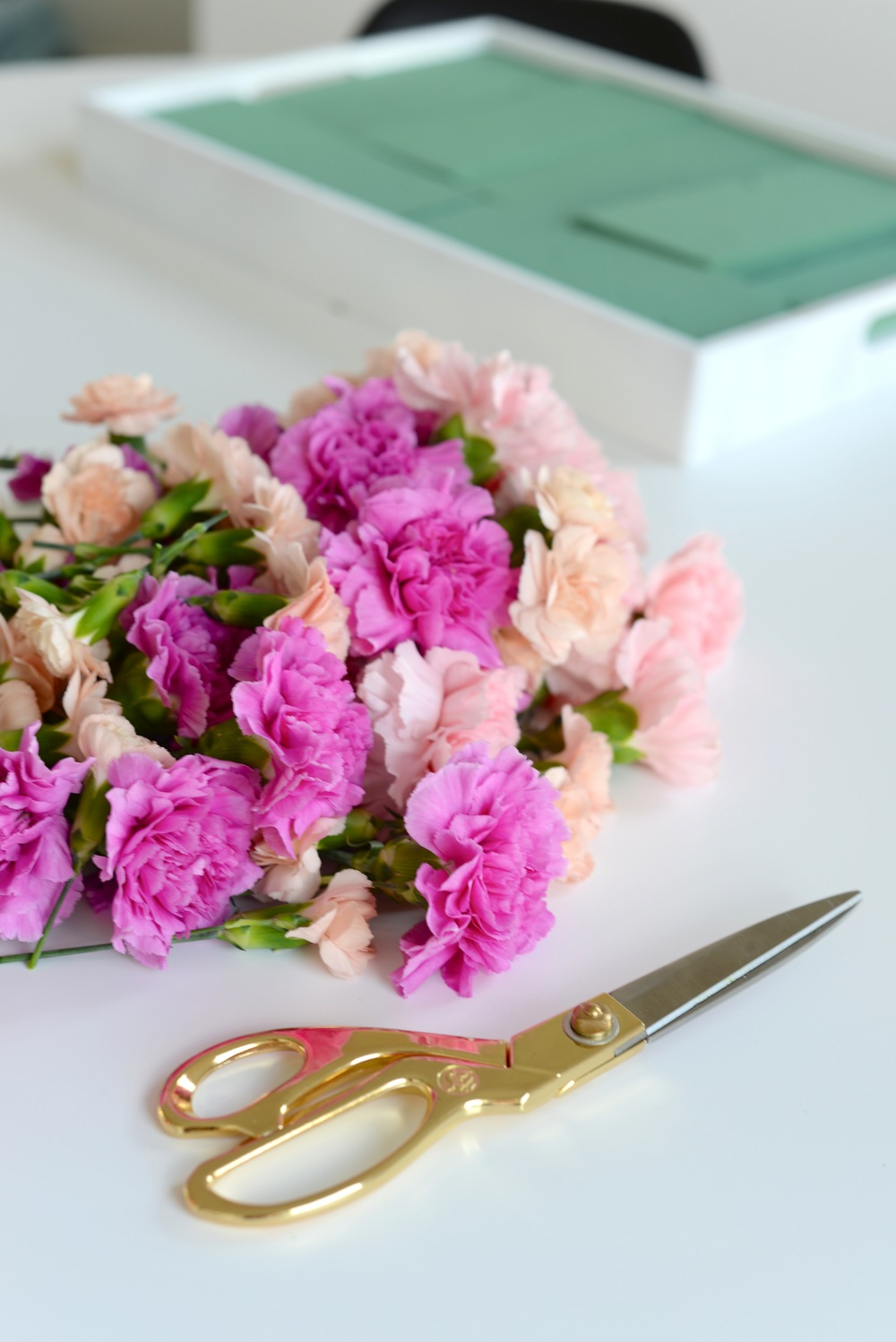 Floral centerpiece DIY