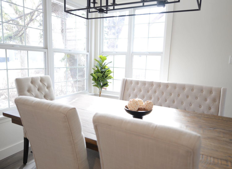 Miraculous Beautiful Minimalist Dining Space 204 Park Bralicious Painted Fabric Chair Ideas Braliciousco