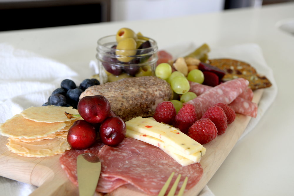 antipasto board to pair with rose wine