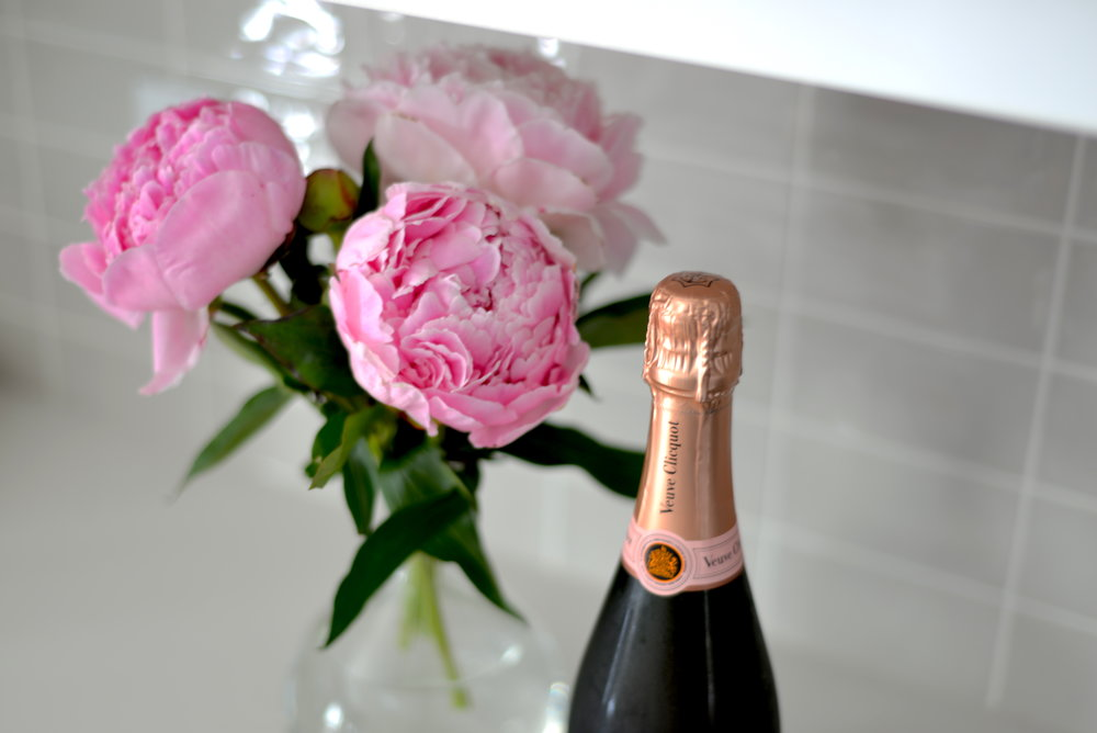 veuve clicquot and peonies