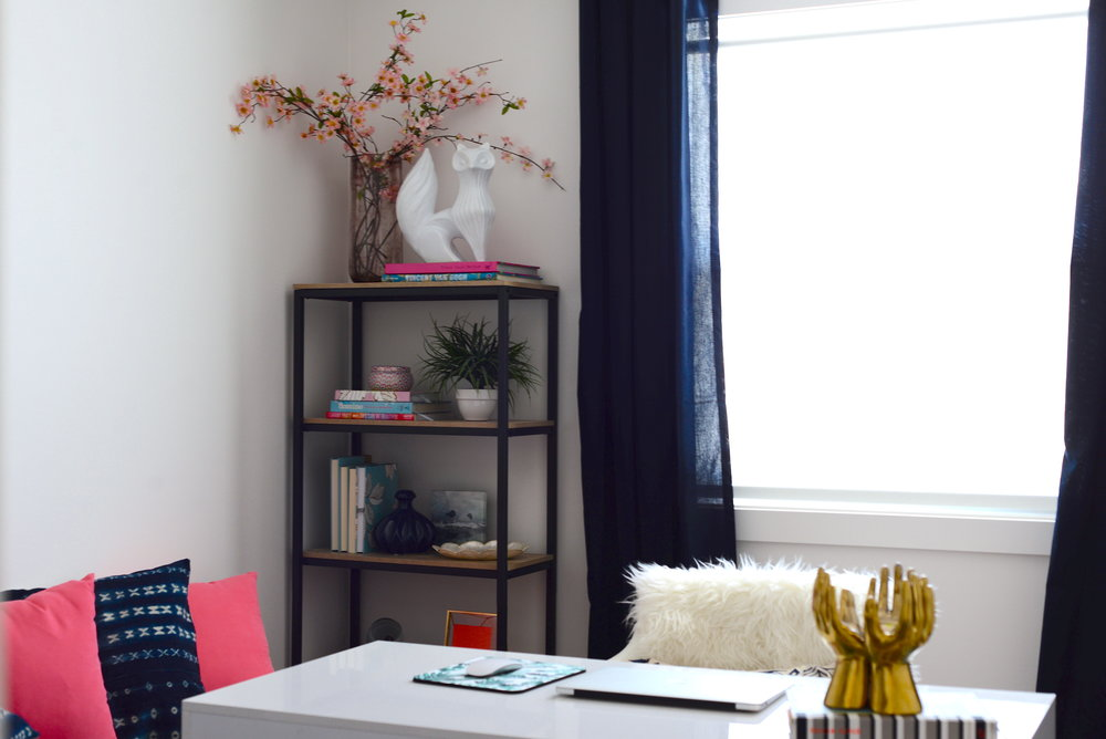 bookshelf styling tips