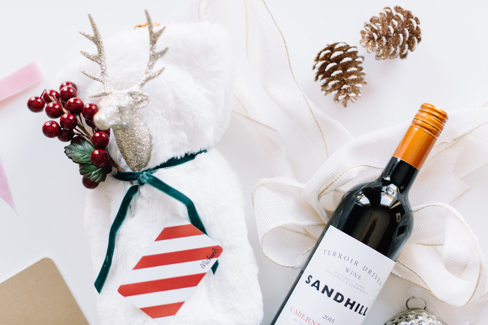 wine gift wrap DIY