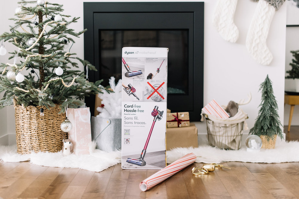 holiday gift guide, dyson vacuum