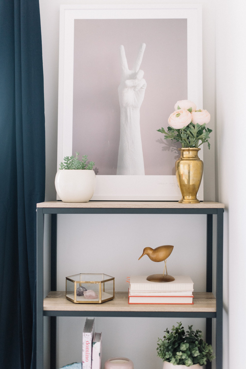 feminine modern office, shelfie styling