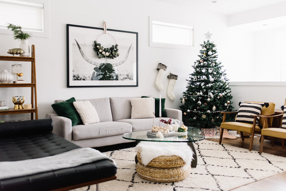modern holiday decor