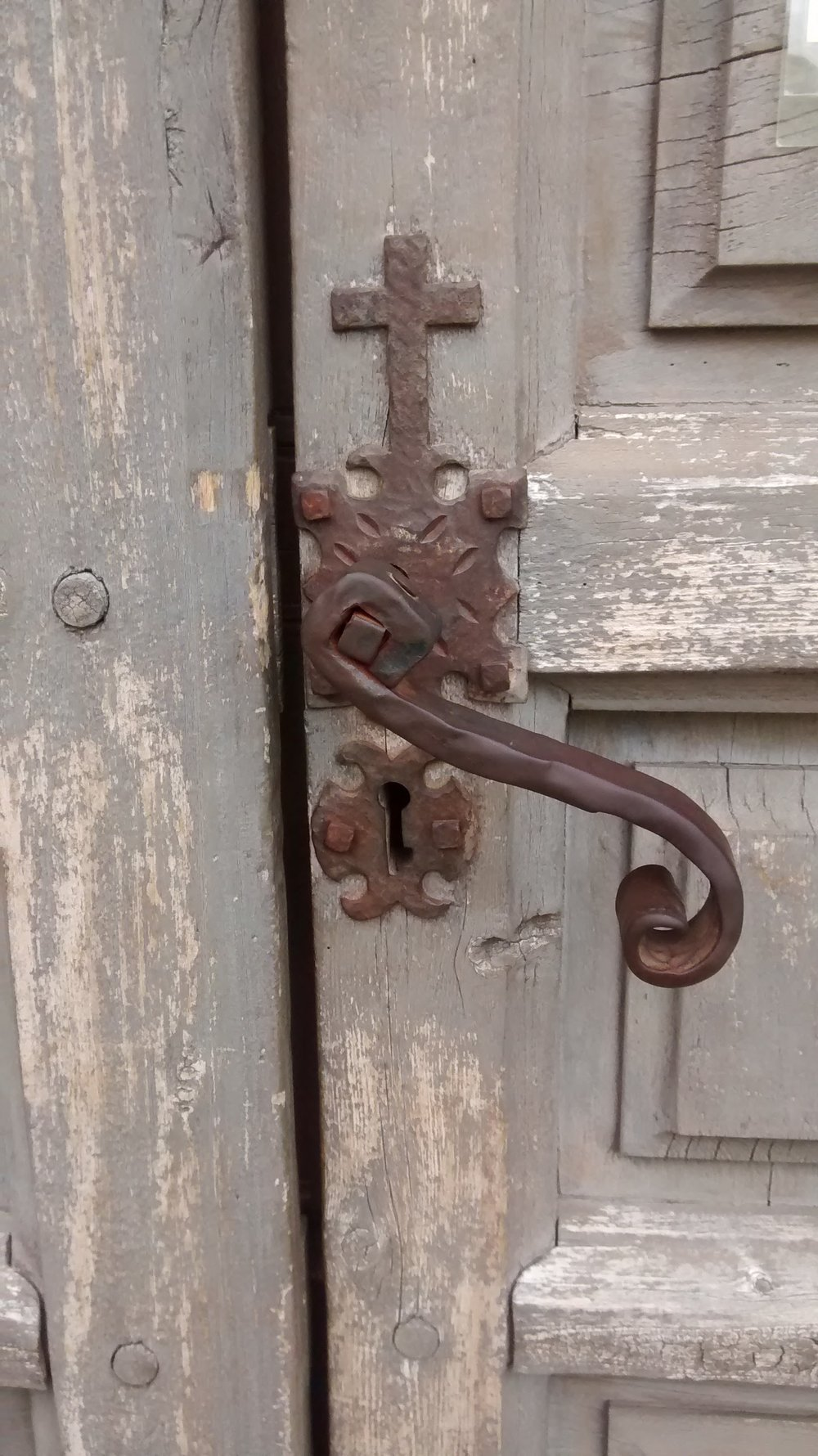 Church door, Mission Trail, San Antonio, TX (photo: me and my cell phone)