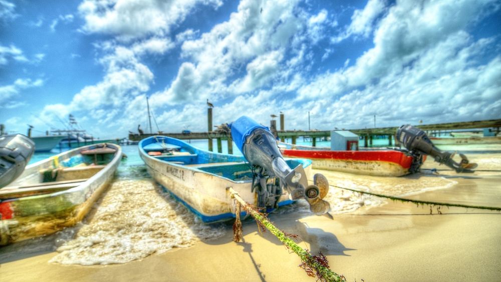 islamujeresHDRboats3.jpg